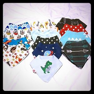 Lot of bandana bibs